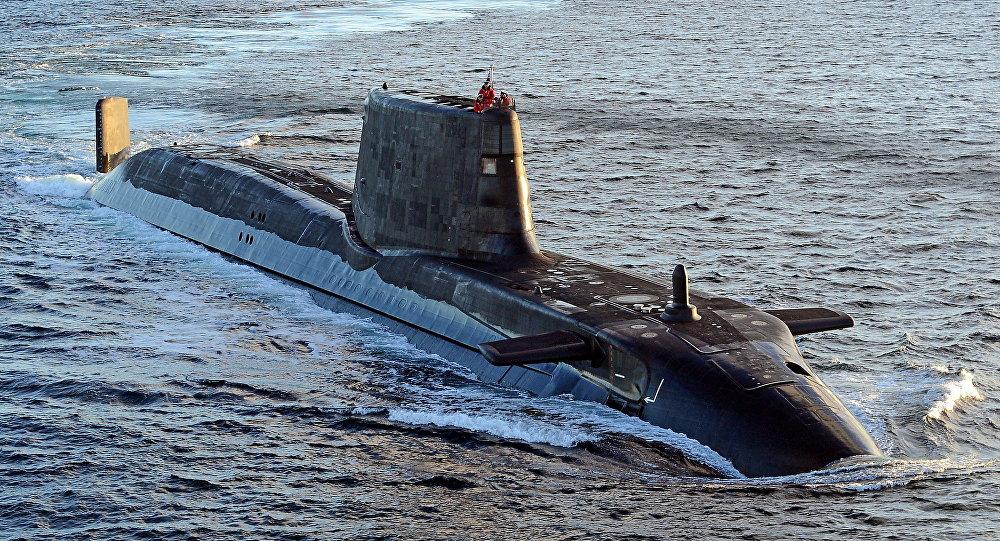 Submarino da Marinha real britânica estaria pronto para atacar o Irão se guerra eclodir