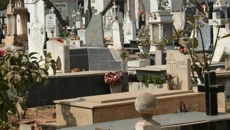 No cemitério também se dão gargalhadas