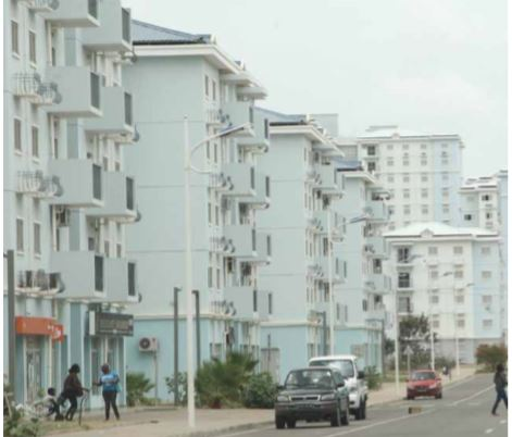 Política habitacional manteve-se discriminatória, considera SOS Habitat