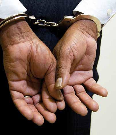 Advogado detido por exercer a profissão