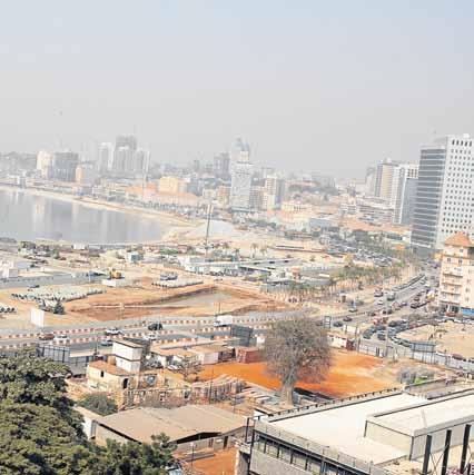 """Economist diz que prejuízos de empresas torna privatizações em Angola """"difícil de alcançar"""""""