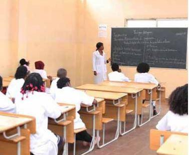 Xá Muteba com melhores condições para aulas