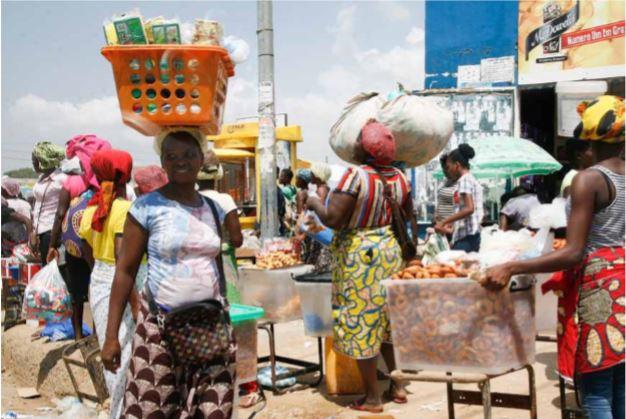 Carta do leitor: Venda desordeira nas vias de Luanda