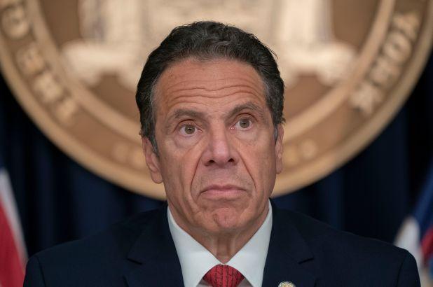Governador de Nova Iorque defende estátuas de Colombo
