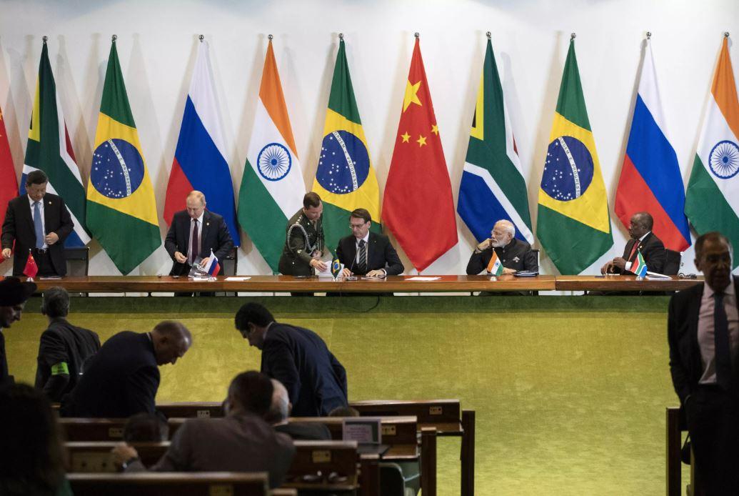 Kremlin procura datas para realização das cimeiras dos BRICS e OCX na Rússia