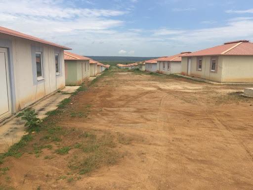 """Opinião Pública considera """"sobrefacturada"""" aquisição das 200 casas de Calumbo"""
