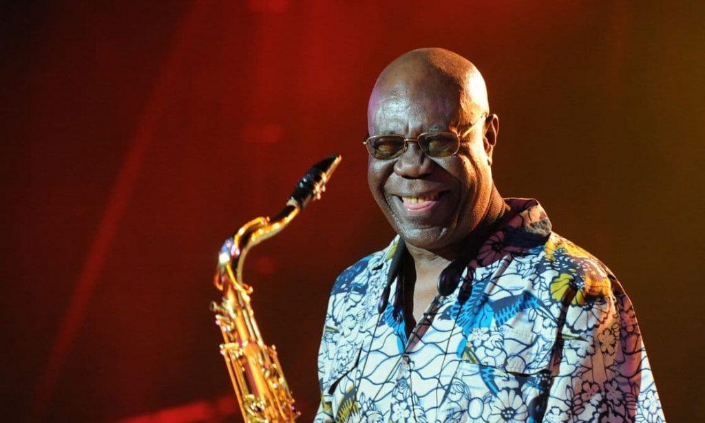 """Saxofonista Manu Dibangu é o homenageado do festival """"Africadelic"""" 2020"""""""