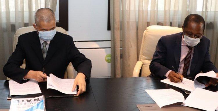 Assinada adenda ao contrato de construção do novo aeroporto