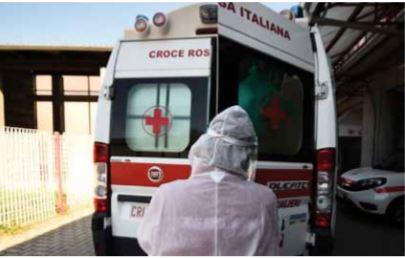 Itália tem menor número de mortes diárias em quase 2 meses