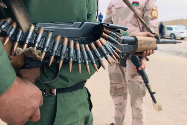 Potências estrangeiras na Líbia arriscam impasse ainda mais sangrento