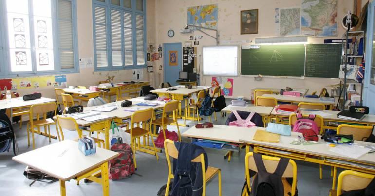 Covid-19 obriga França a encerrar parte das escolas uma semana após a reabertura