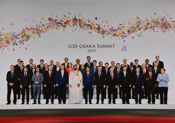 """Angola procura alívio da dívida do G20 em meio ao """"avanço"""" das negociações da dívida com importadores de petróleo"""