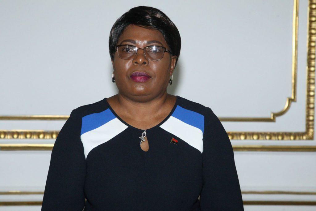 Governadora do Cunene quer maior organização dos empresários