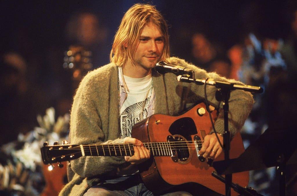 Guitarra de Kurt Cobain vendida por seis milhões de dólares