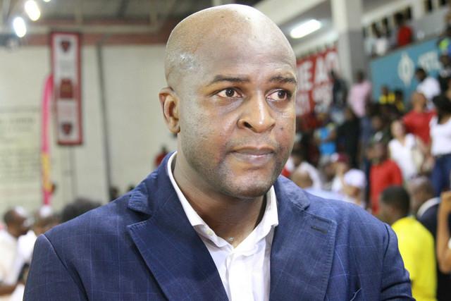 Lazare Adingono deixa o Petro de Luanda