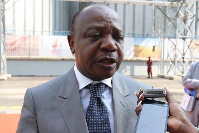 Governador de Malanje homenageia atletas da Baixa de Cassanje
