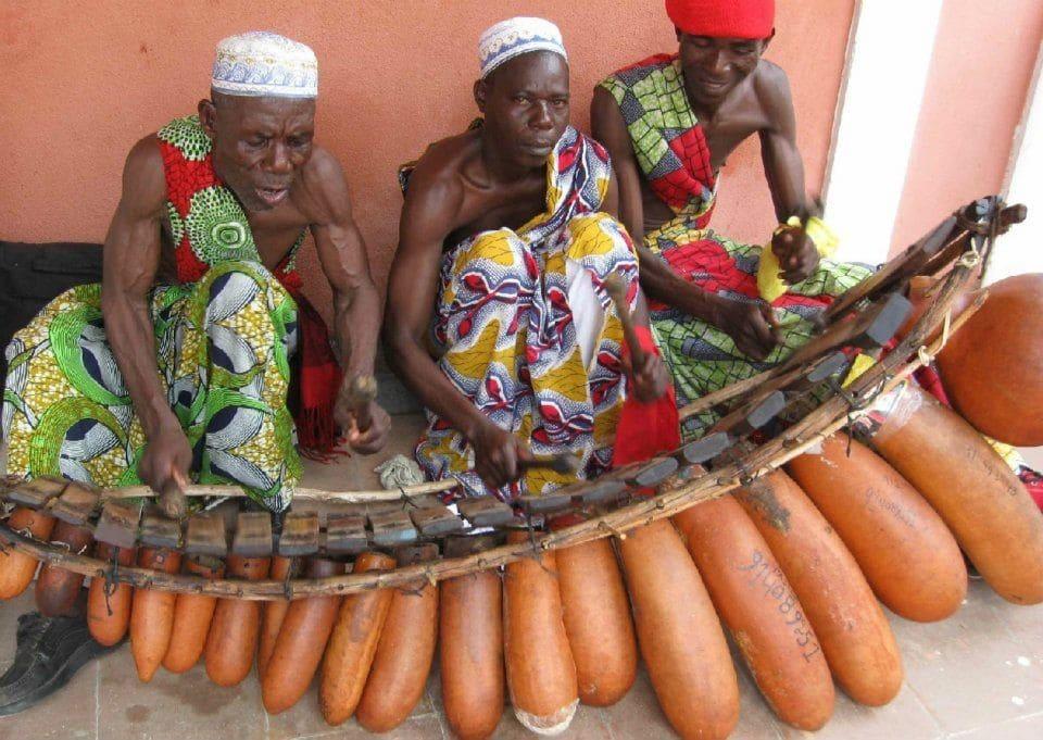 """A indústria cultural como base para a projecção da """"Nova Angola"""""""