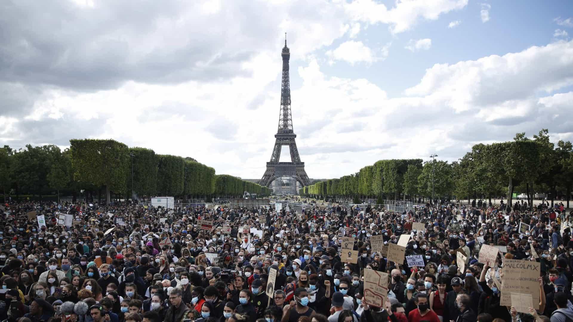 Milhares manifestaram-se em Paris contra o racismo e a brutalidade policial