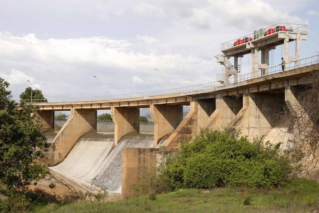 Executivo reverte concessão de exploração, por 20 anos, das barragens de Mabuba e Lomaum