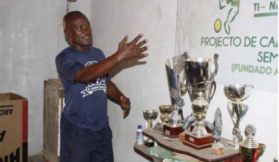 Falta de apoio emperra conclusão da Escola de Futebol do Zango
