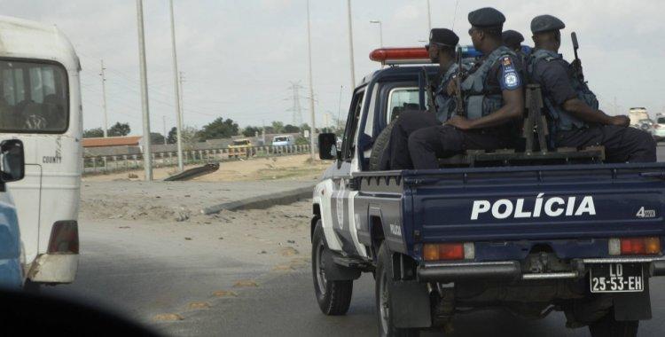 Dois polícias detidos por agredirem um cidadão em Benguela