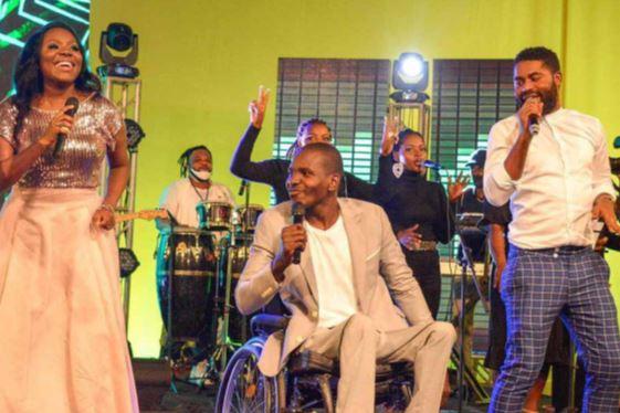 """Música gospel """"dá brilho"""" ao Live no Kubico"""