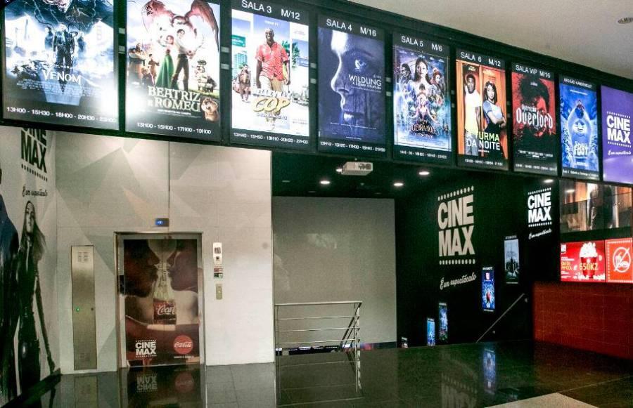 Cinemas reabrem ao público