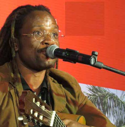Vladmiro Gonga realiza Show Live para tratamento da sua saúde