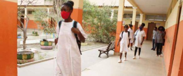 Governo avalia retoma de aulas no ensino primário