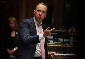 Números crescentes de Covid-19 mostram que Reino Unido tem sério problema, diz ministro da Saúde