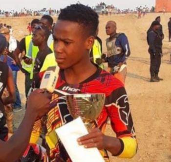 Polícia acusada de matar campeão de motocross de Luanda