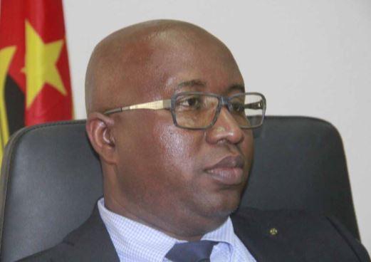 """Vladimir Catinda: """"Em Luanda não há praga de gafanhotos"""""""