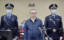 Na China, ex-chefe de empresa estatal é executado pelos 'maiores subornos na história do país'