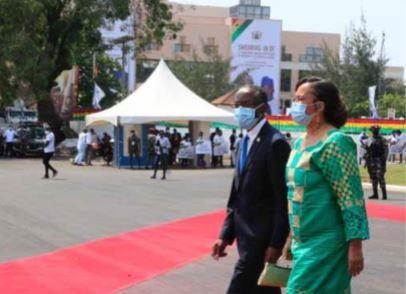Bornito de Sousa testemunha investidura do Presidente do Gana