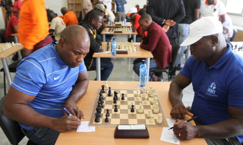 Torneio internacional de xadrez online arranca no dia 20 deste mês