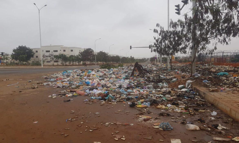 Carta do leitor: Lixo toma conta da centralidade do Km 44