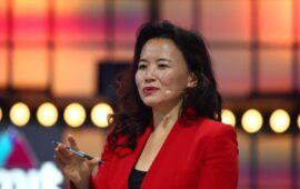 Apresentadora de TV australiana é presa na China sob suspeita de transferência de segredos de Estado