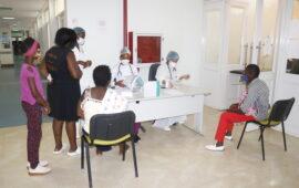 Cerca de mil utentes atendidos pelo Clube dos Médicos no hospital do Zango