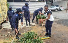 Quinhentos polícias reforçam campanha de limpeza em Luanda