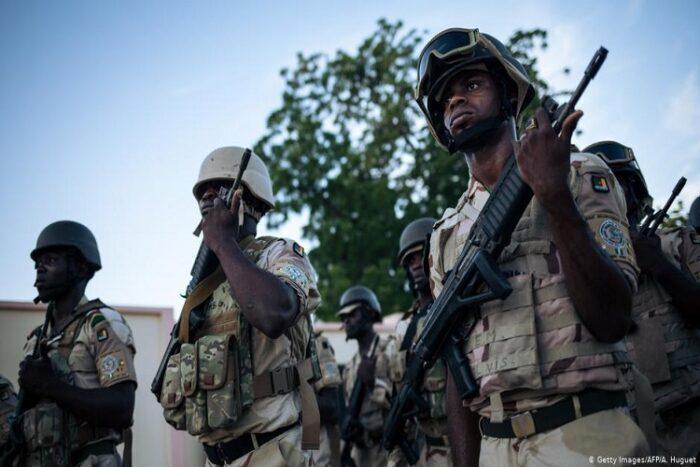 Exército dos Camarões diz que matou chefe de grupo armado separatista
