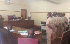 Tribunal condena cinco agentes policiais a 17 anos por homicídio