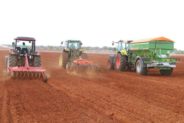 Feira do Campo incentiva produtores a aumentarem áreas de produção no Cuanza-Sul