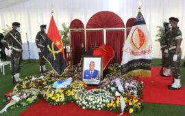 Angola rende homenagem ao nacionalista e embaixador Bento Ribeiro