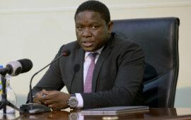 Governante apela aos administradores para revitalizarem comissão de moradores