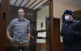 Navalny chega à colónia penal a Leste de Moscovo