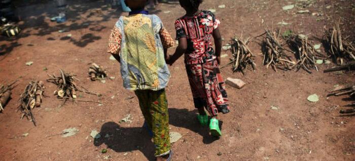 Repatriadas do Zimbabwe 14 crianças moçambicanas após serem traficadas