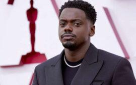 Daniel Kaluuya choca a família ao fazer comentário sobre vida sexual dos pais durante discurso nos Óscares
