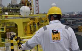 ENI faz nova descoberta de petróleo leve no offshore angolano