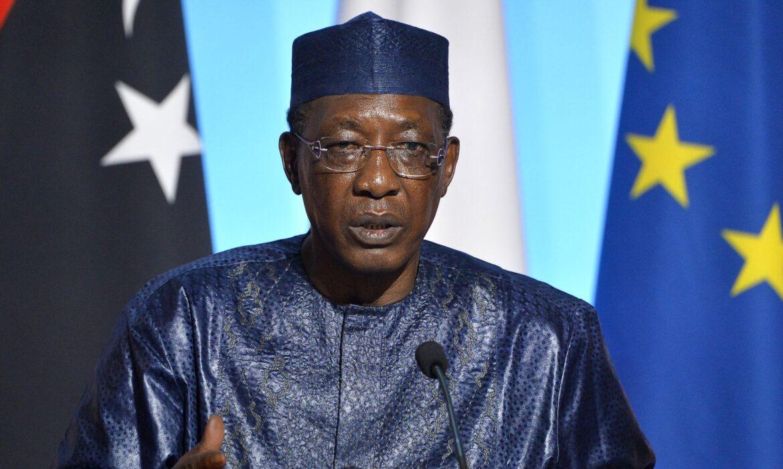 Presidente do Chade, Idriss Déby, morre após ser ferido na linha da frente, diz exército