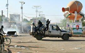 Vários militares detidos após tentativa de golpe de Estado no Níger